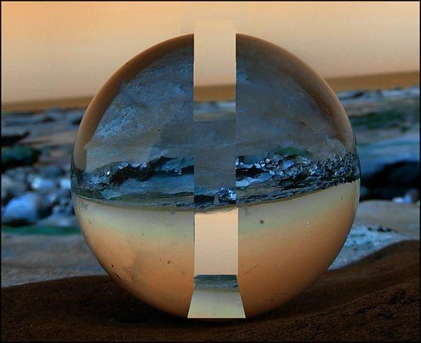 énigmatique boule de cristal